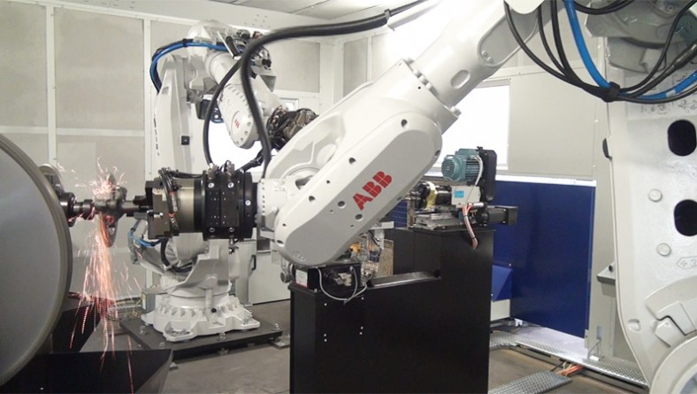 A new robotic workstation for deburring iron